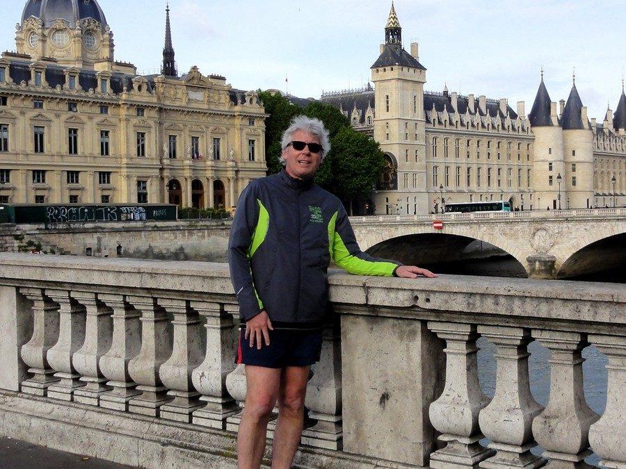 Devant le Tribunal de Commerce de Paris avec Dave
