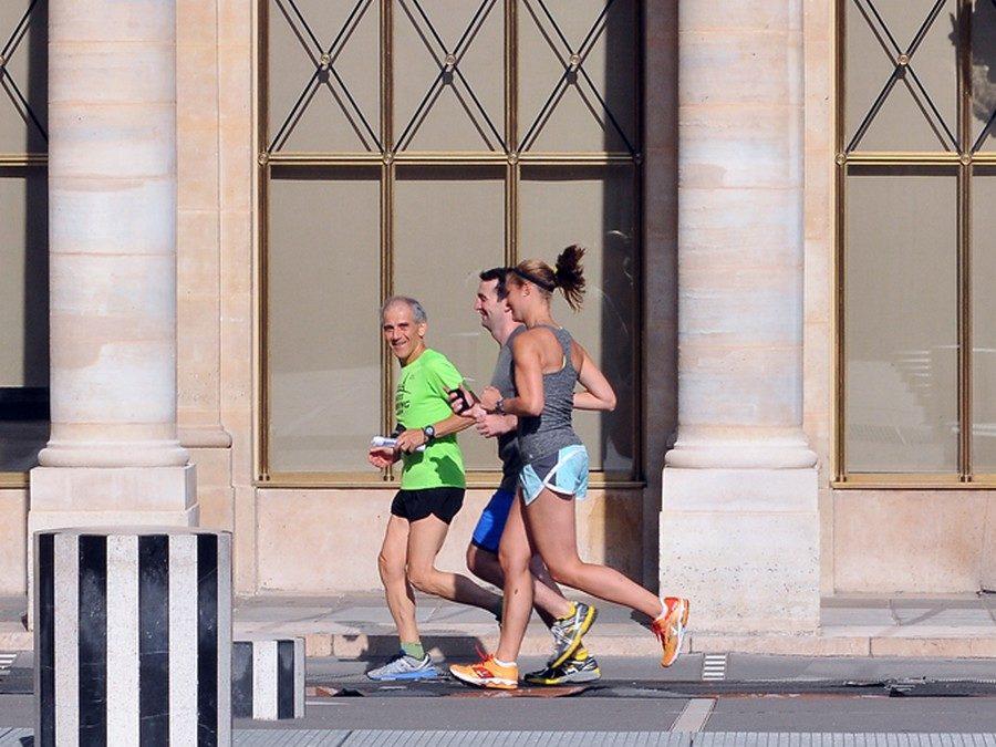 Préparer des marathons en visitant Paris, avec Nicole et Dan