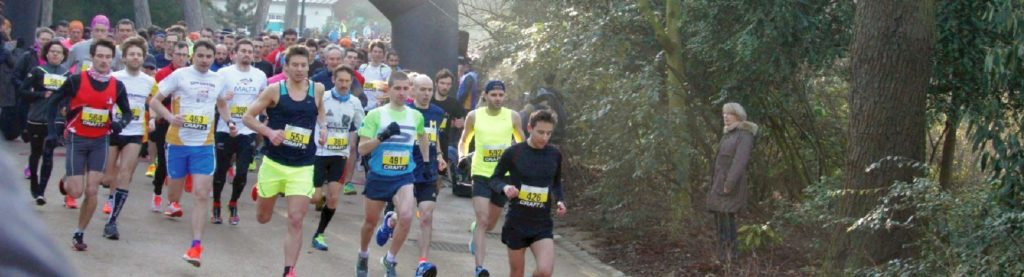 Start of the Valentine's Day race at Buttes Chaumont