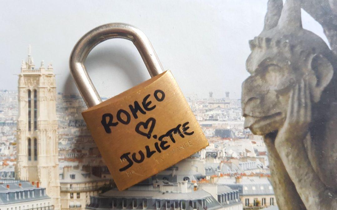 Une brève histoire du Pont des Arts et des cadenas d'amour