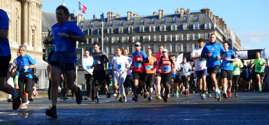 10 km des Etoiles 2018 - Departure in front of the Colonnade du Louvre