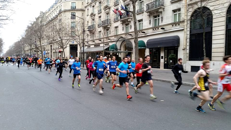 The pleasure of running on Boulevard Haussmann free of cars