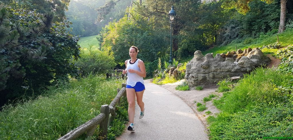 Running on mountain paths in Paris