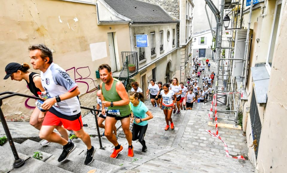 """A few steps... and enjoy the picturesque """"village"""" of Montmartre..."""