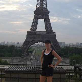 Opera, Eiffel tower, Le Louvre… Keeping pace with Melanie