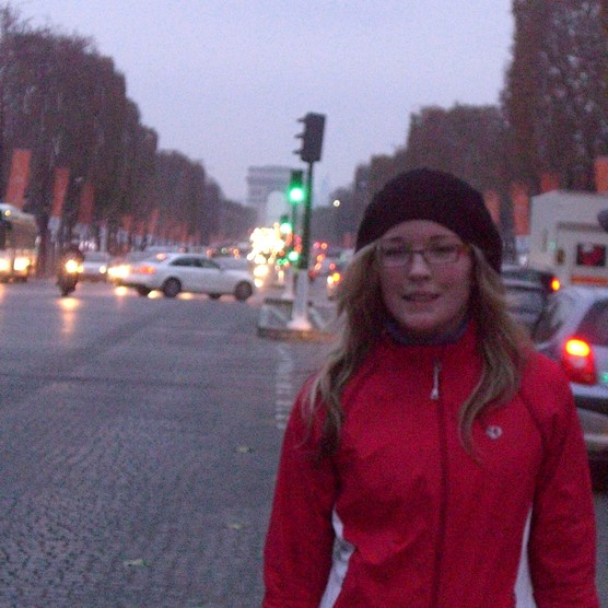 Precocious winter in the Champs-Elysées with Karine