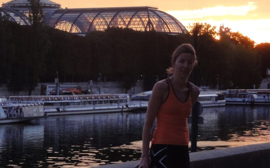 Running at dawn in Paris with Lou