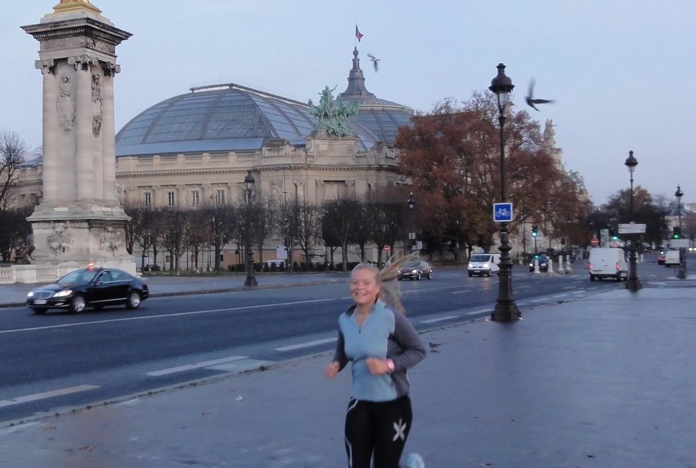 Discovery of Paris history by running with Felicity