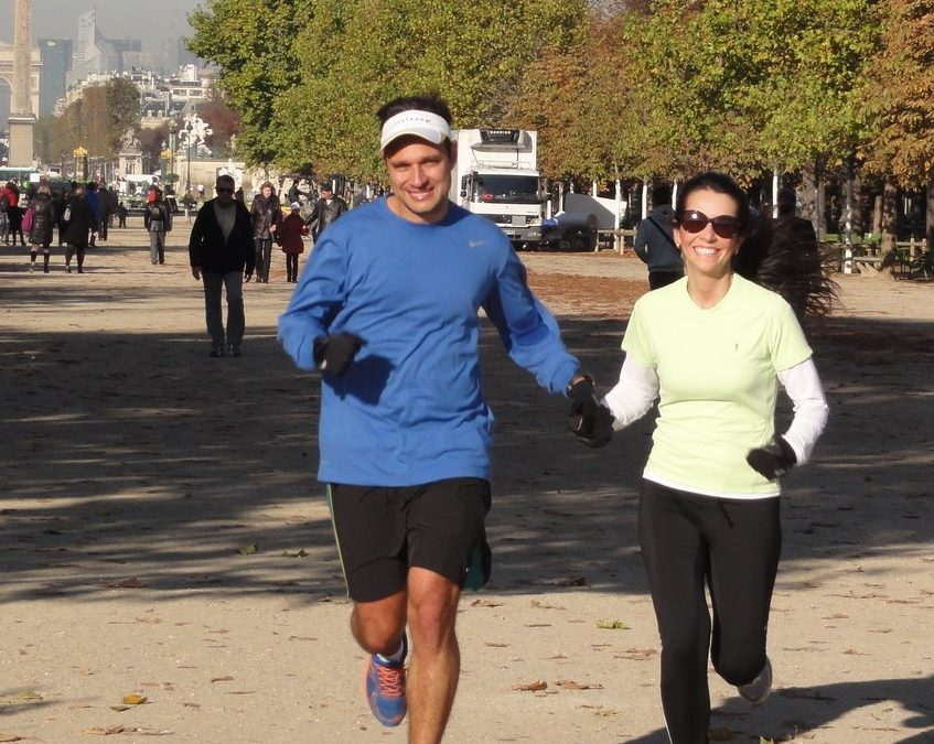 Running with Pedro and Juliana on the historic axis of Paris