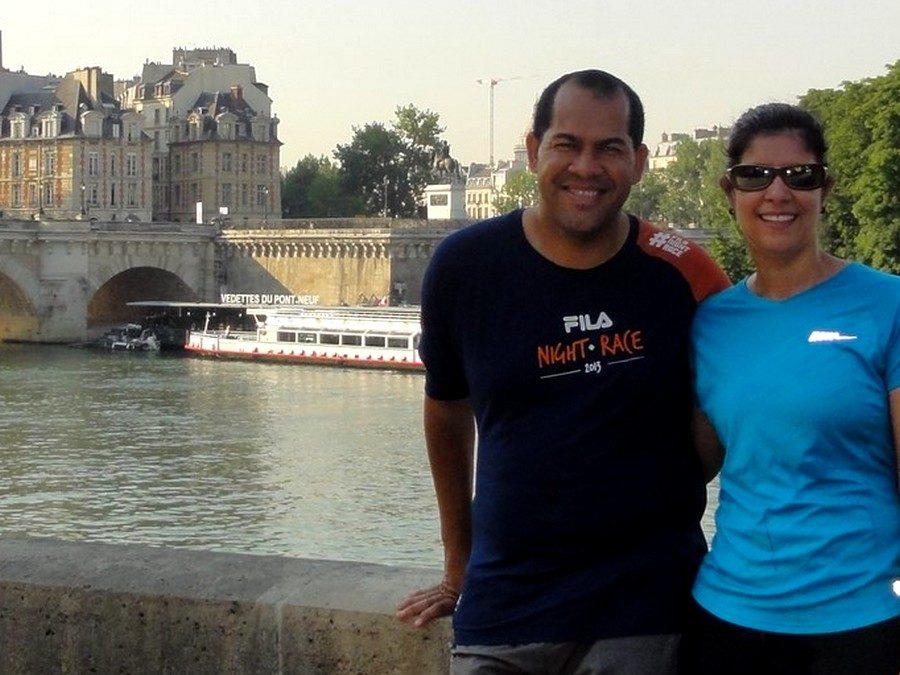 Around the Louvre with Janaina and Gustavo