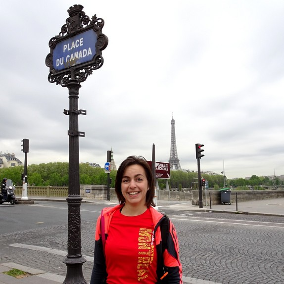 A Paris Running Tour under the flag of Canada, with Fanny from Coureurs Montréal Runners
